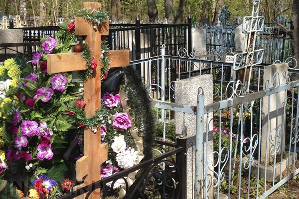 В Подмосковье бесплатно выделят землю под семейные могилы