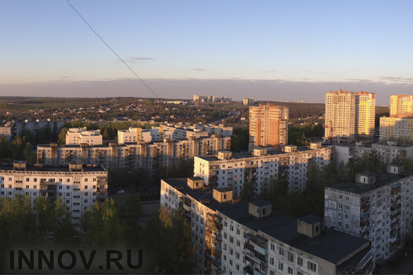 Ввод жилья в России упал на 13%