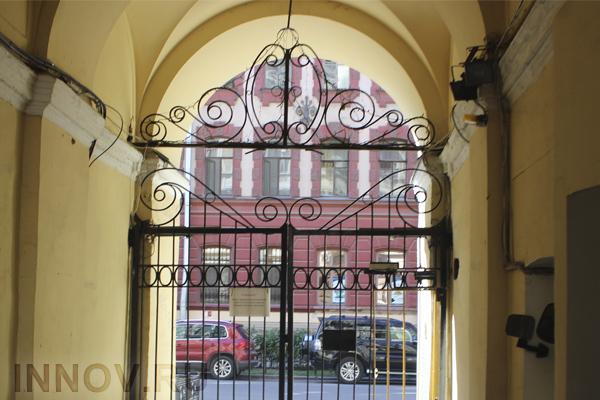В Подмосковье ежемесячно продаётся порядка девяти тысяч квартир