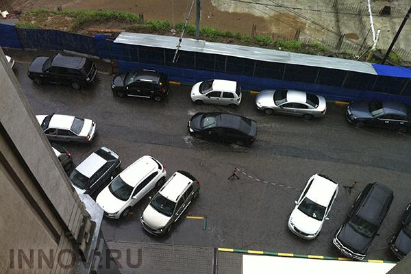 В России парковки во дворах жилых домов станут платными