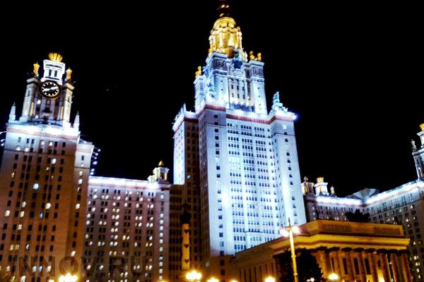 Подсветка зданий: некоторые особенности