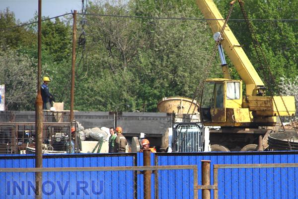 Ввод жилья на территории России продолжает снижаться
