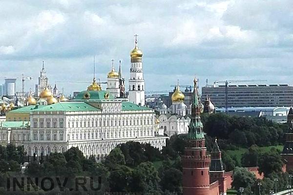 На Ленинском проспекте демонтируют здание гостиницы «Спутник»