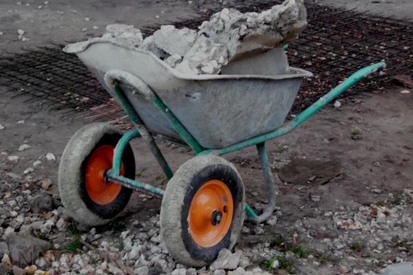 Куда девать строительный мусор после ремонта в Москве